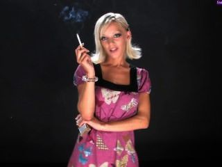 Lou lou fuma ii