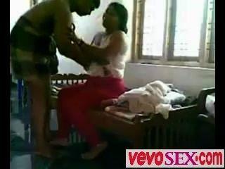 Chica india pobre engañado por su novio