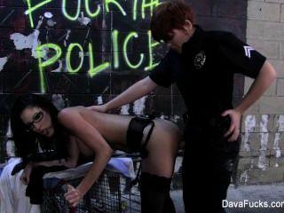 Dava foxx follada por un policía de la señora