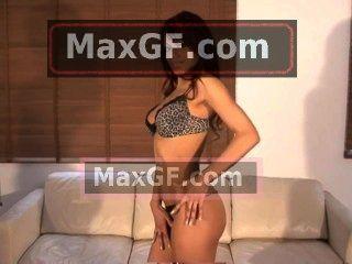 Teela bailando liso y exótico desnuda porno xxx follando tetas