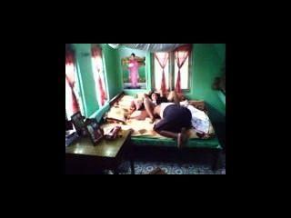 Myanmar verdadero marido follar a su esposa