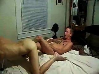 Amputado masculino mierda mierda 3