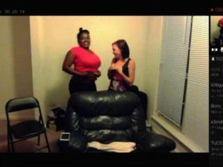Jess y keisha ps4 vapor en vivo!Tetas hacia fuera