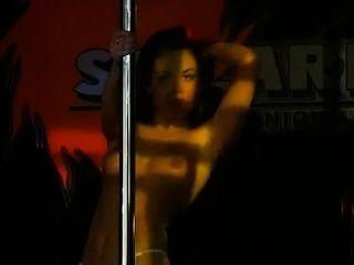 Baile polo stripper sexy