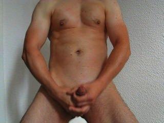 Hombre caliente masturbarse y cum 17