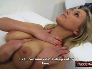 Modelo sexy sexo anal extremo