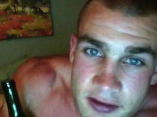 Sexy marino jugar su cuerpo