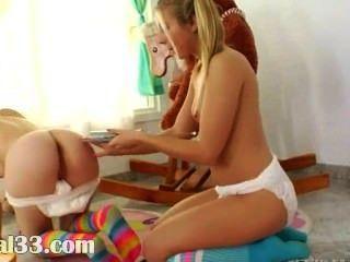 Juegos únicos de lesb con pañales