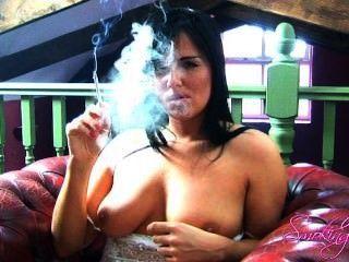 Michelle fuma pt 2
