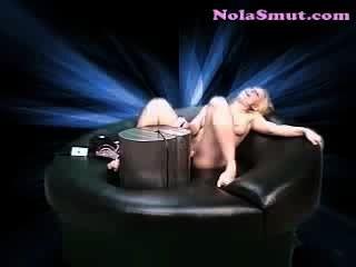 Natalie norton caliente rubia sexo máquina fucking