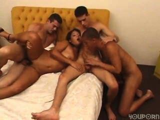 Sexy bi group fun