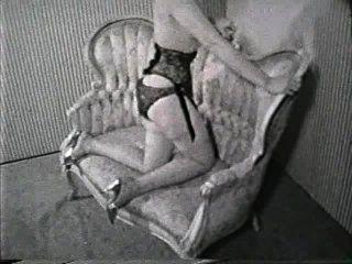 Softcore desnudos 605 50s y 60s escena 2