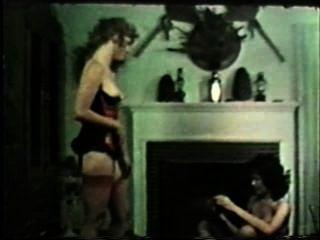 Lesbianas peepshow loops 647 70s y 80s escena 2