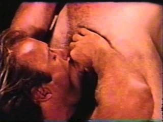 Gay peepshow loops 302 70s y 80s escena 2