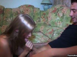 Ella lo extrañaba ... su culo también