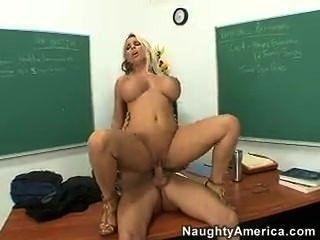 Profesor fuck holly halston