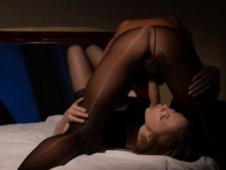 Lesbianas tener sexo frente a espejo