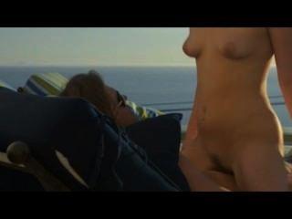 Amor de verano en la playa en el arte del sexo