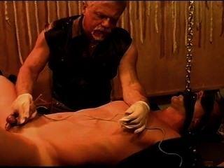Sonidos simultáneos y electroestimulación en los músculos jóvenes y calientes.Pt 3
