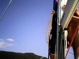 Trabajando en el barco