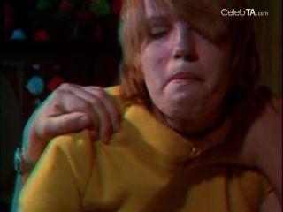 Paula erikson y barbara molinos en las azafatas 3d