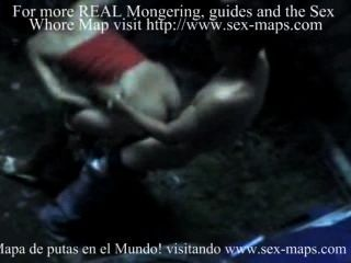 Prostitutas nicaragüenses en el trabajo con los turistas