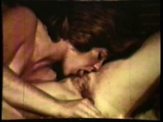 Lesbianas peepshow loops 537 70s y 80s escena 1