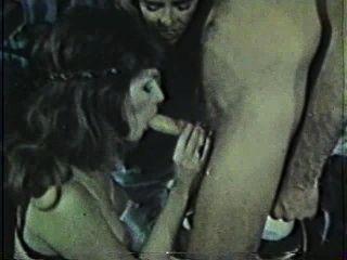 Peepshow loops 220 70s y 80s escena 2