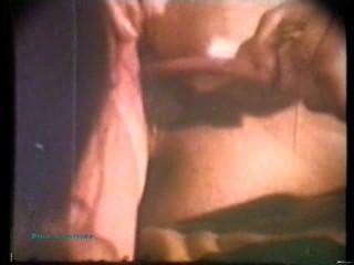 Softcore desnudos 41 60s y 70s escena 4
