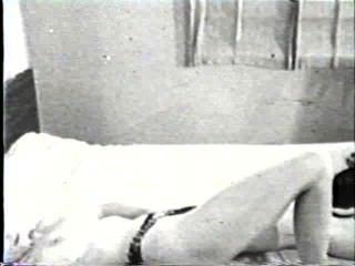 Softcore desnudos 170 50s y 60s escena 1