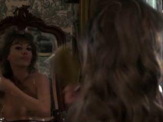 Madeline smith y ingrid pitt en los amantes del vampiro