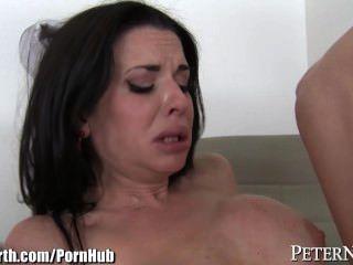 Vertiendo la enfermera veronica avluv follada duro