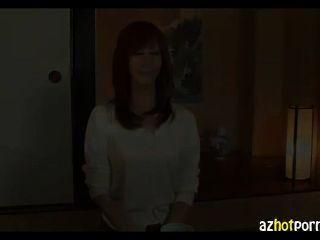 Mujer que quiere atornillar su coño