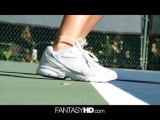 Dillion hrper tenis desnudo convertido en sexual