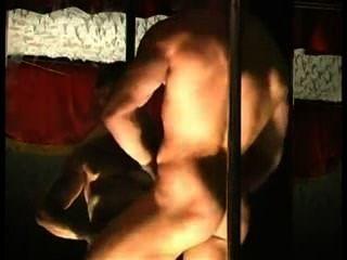 señor.Músculo stripper caliente