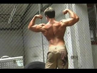 señor.Músculo fuera