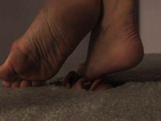 Cara en el suelo