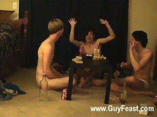 Gay fuck este es un video largo para ti tipos de voyeur que les gusta la idea