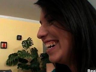 Sexy morena nena habla de su novia part6