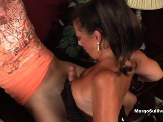 Margo sullivan dar impresionante mamada