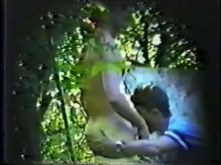 Capturado en spycam: str8 chico se bj / rimjob en el parque y cums!