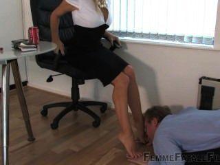 Adoración de los pies de las mujeres