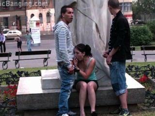 Adolescentes calle pública orgía de sexo por una famosa parte de la estatua 2