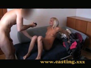 Casting barbie muñeca lucha con anal