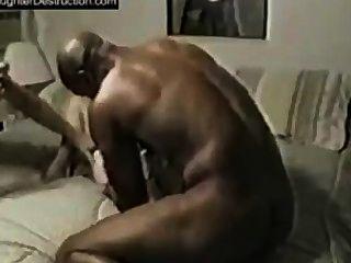 Caliente video de hombre negro golpeando ese coño blanco