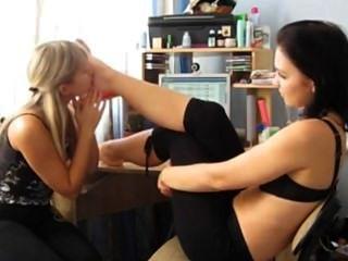 Amateur lesbianas pies adoración