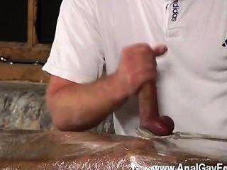 Twink película de usted sabe que este niño dominante le gusta hacer un studs boner