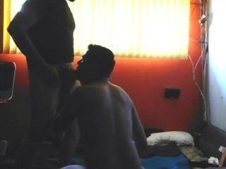 Latinos sin espalda