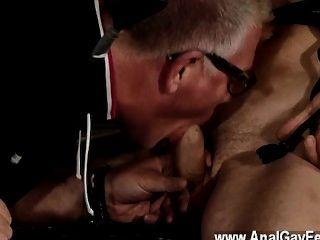 Caliente escena gay doble la diversión para